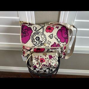 Coach poppy travel bag with wristlet